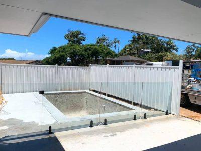 Glass Pool Fence1 - Black Hardware